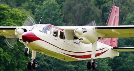 Avioane Multi-Piston de închiriat