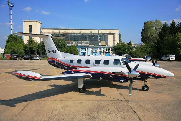 avion privat pret inchiriere -avioane cu elice